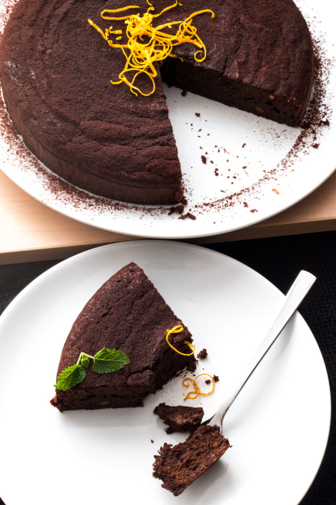 Kaštanový koláč s čokoládou a pomerančem (bez lepku a cukru)